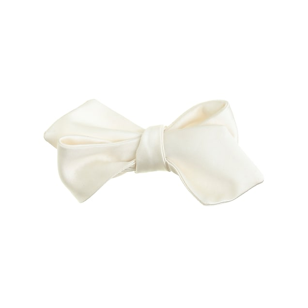 Italian satin point bow tie in white