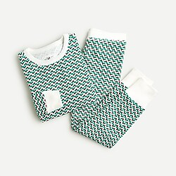 Girls' long-sleeve pajama set in holiday holly