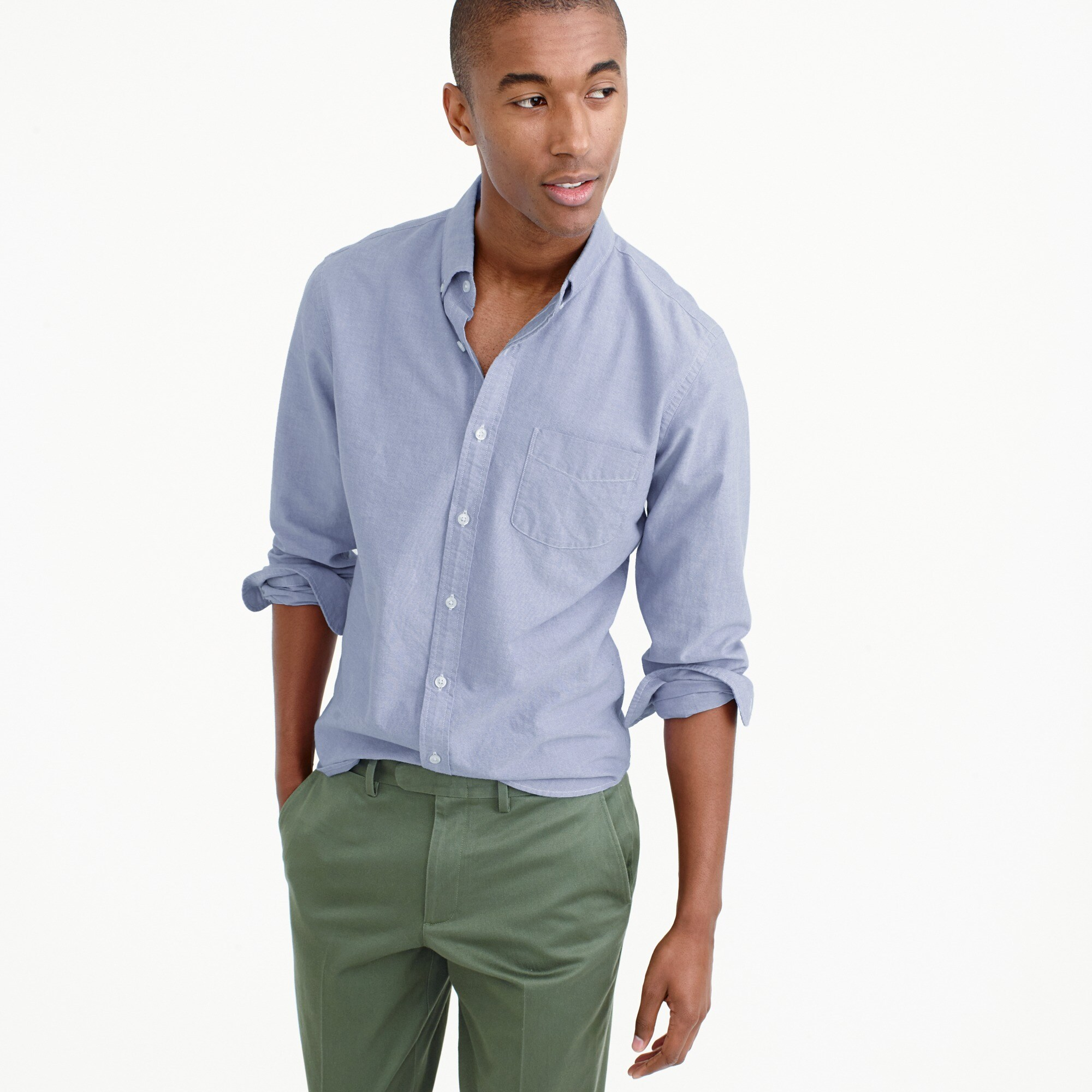 Slim lightweight oxford shirt in solid
