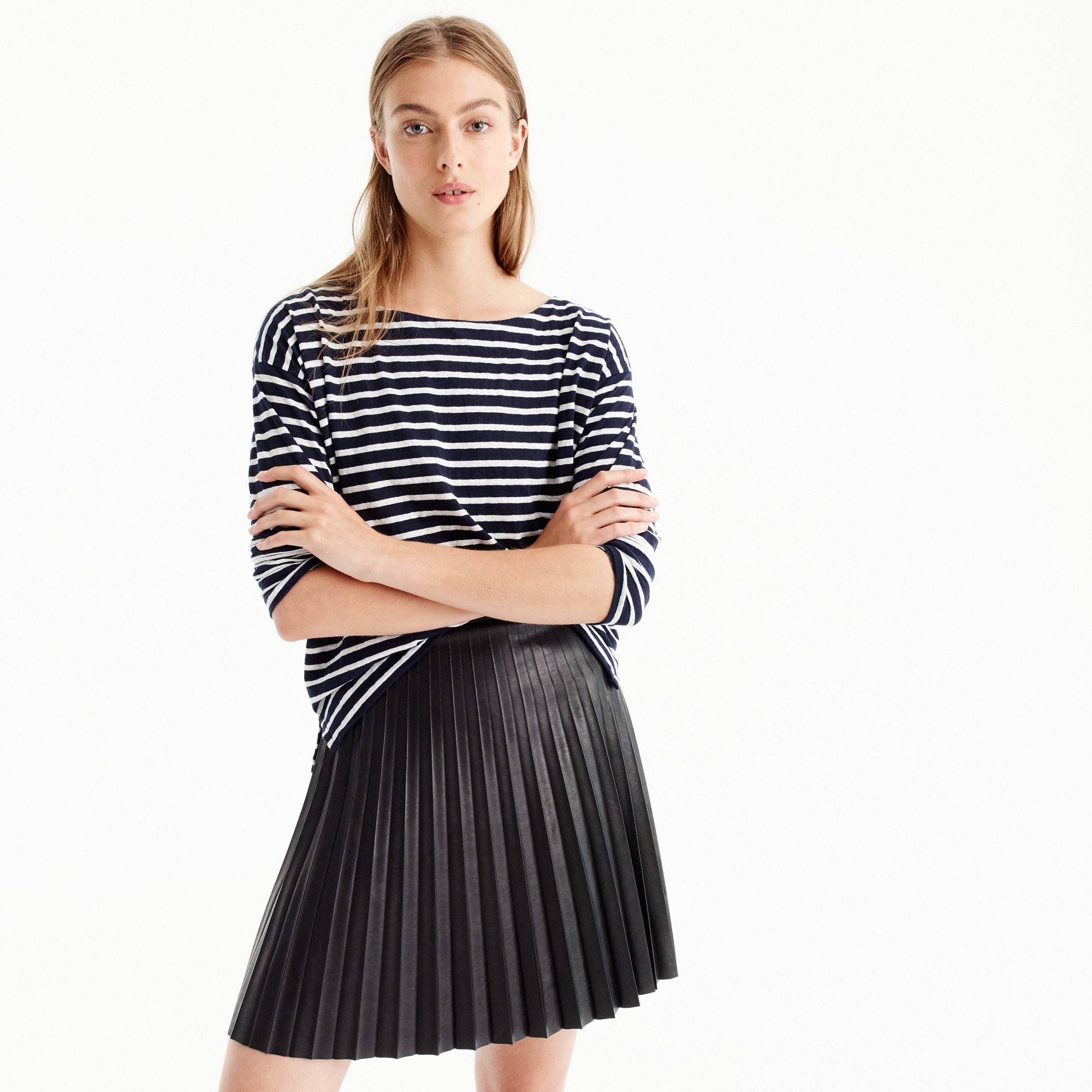 faux-leather pleated mini skirt : women's skirts