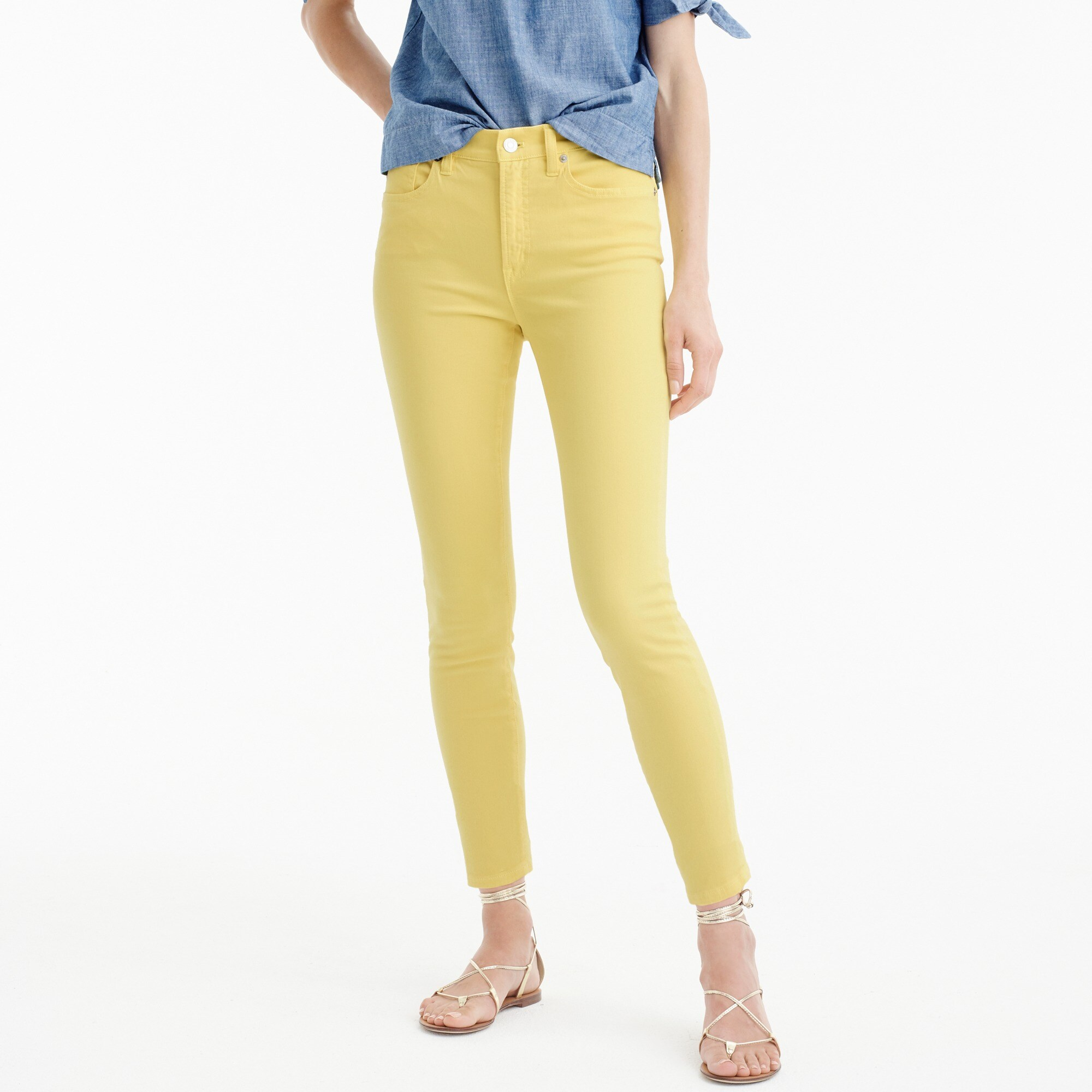 "Petite 9"" lookout high-rise garment-dyed crop jean"