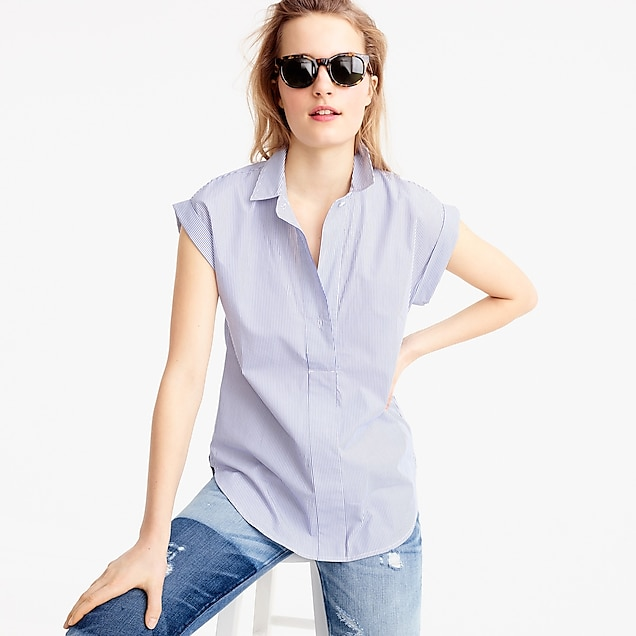 Petite short-sleeve popover in shirting stripe