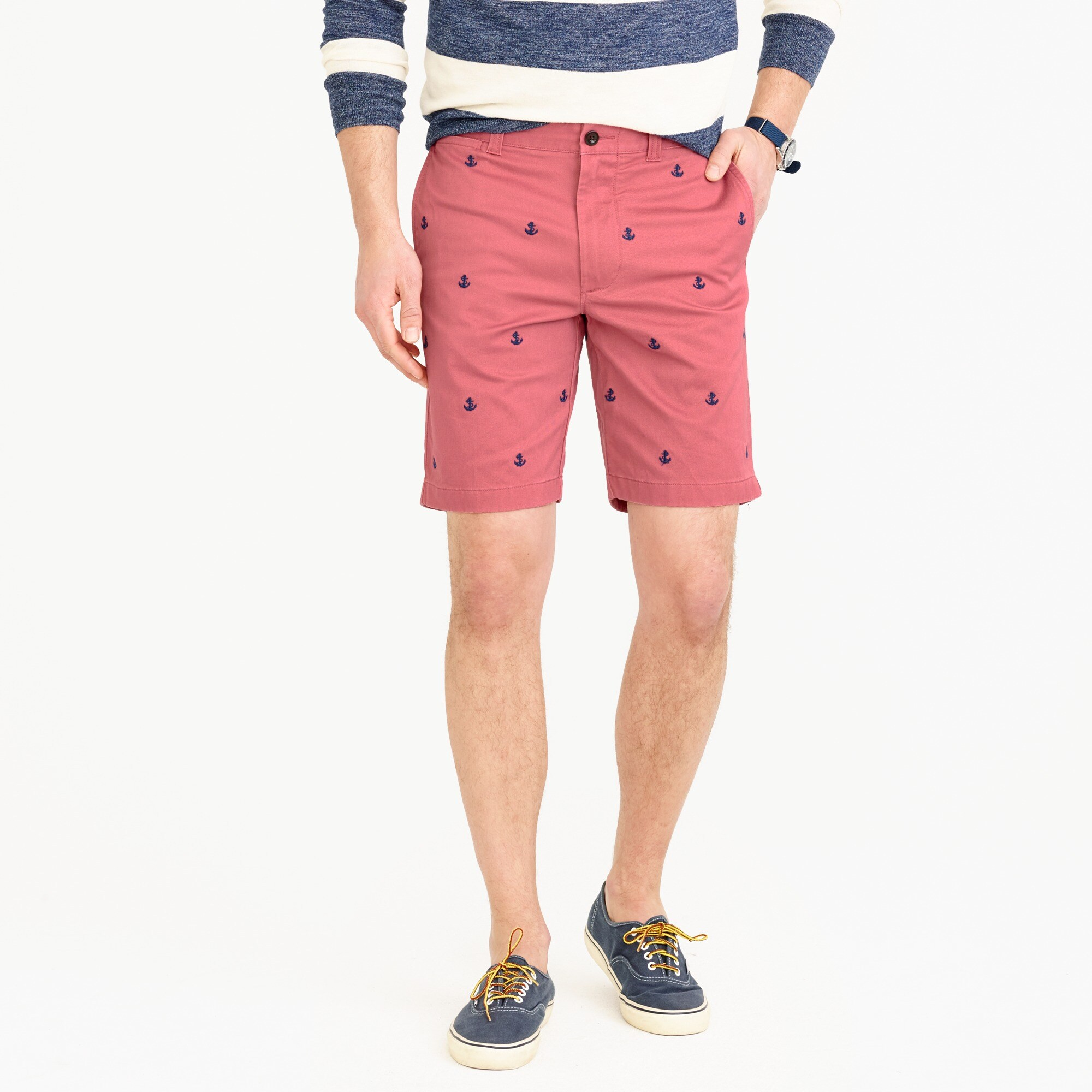 "9"" stretch short with embroidered anchors"