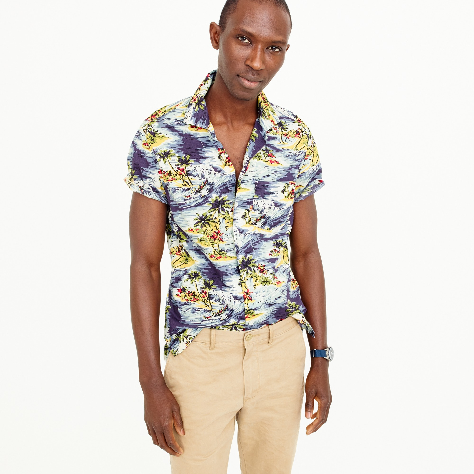 Image 1 for Short-sleeve camp-collar shirt in wave print