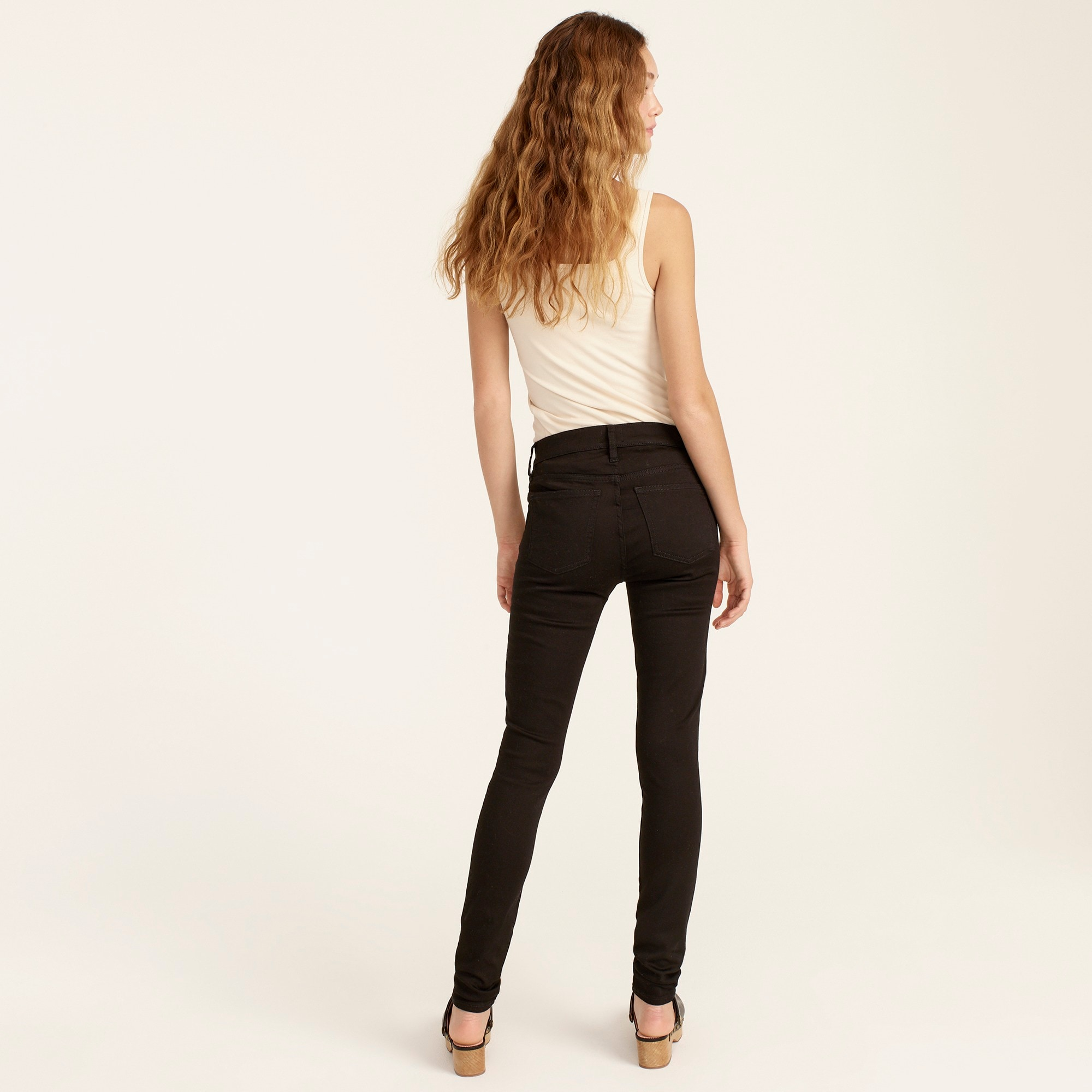 "8"" stretchy toothpick jean in true black"