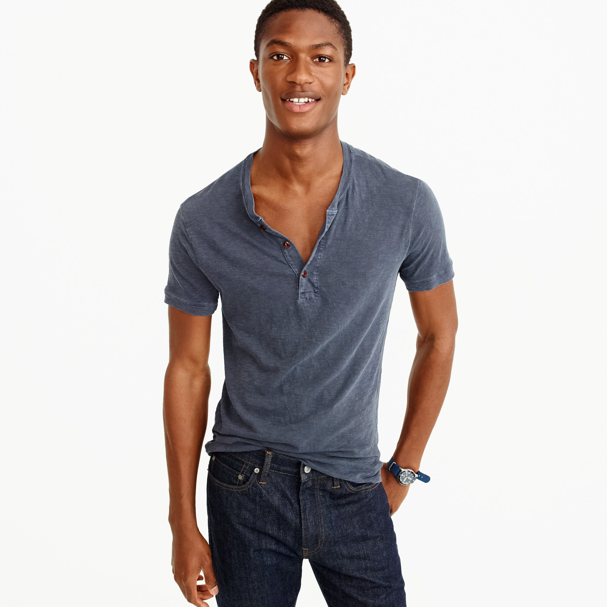 Garment-dyed short-sleeve henley