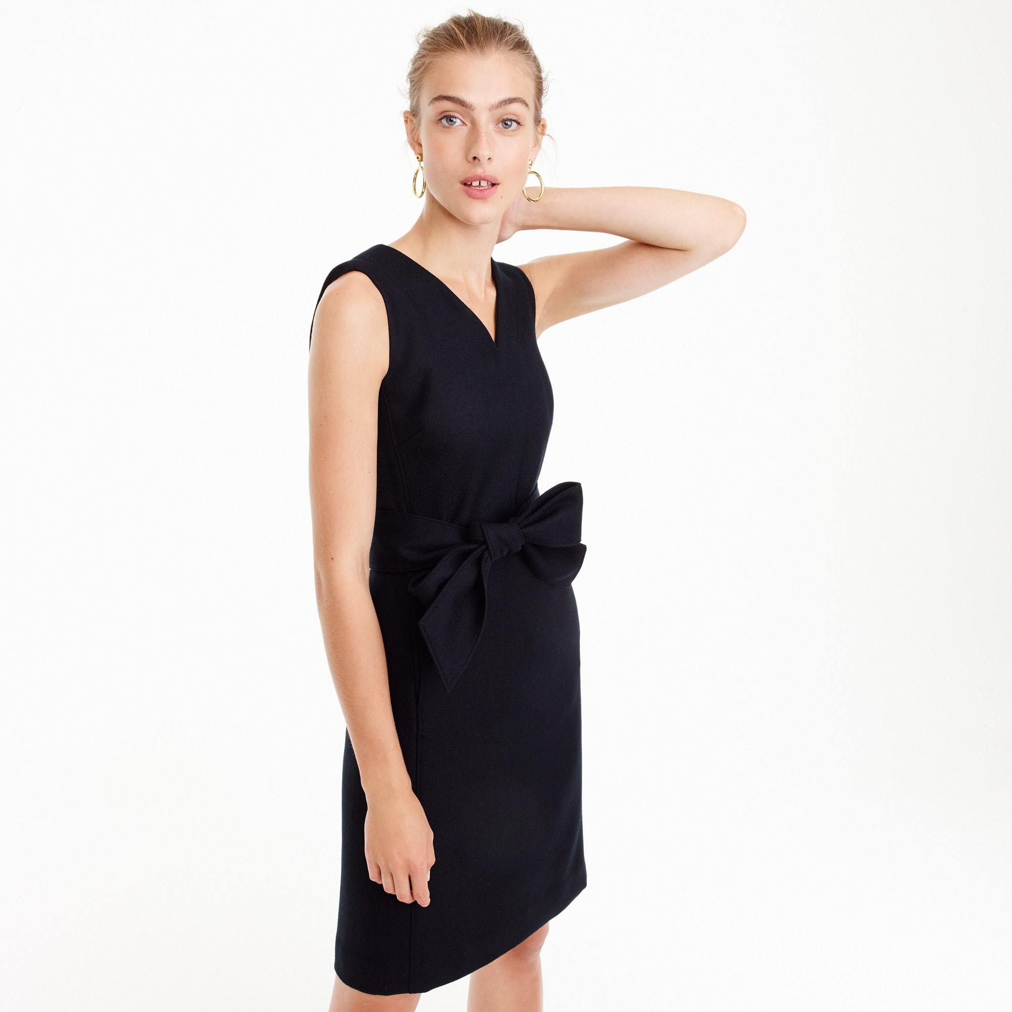 V-neck sheath dress in double-serge wool