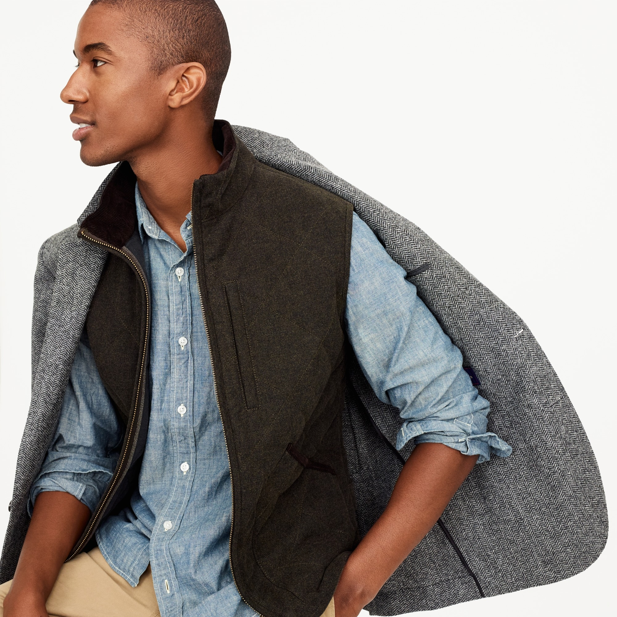 Sussex quilted vest in charcoal