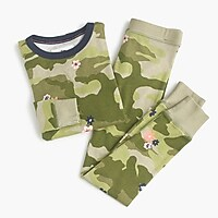 Kids' pajama set in camo flowers