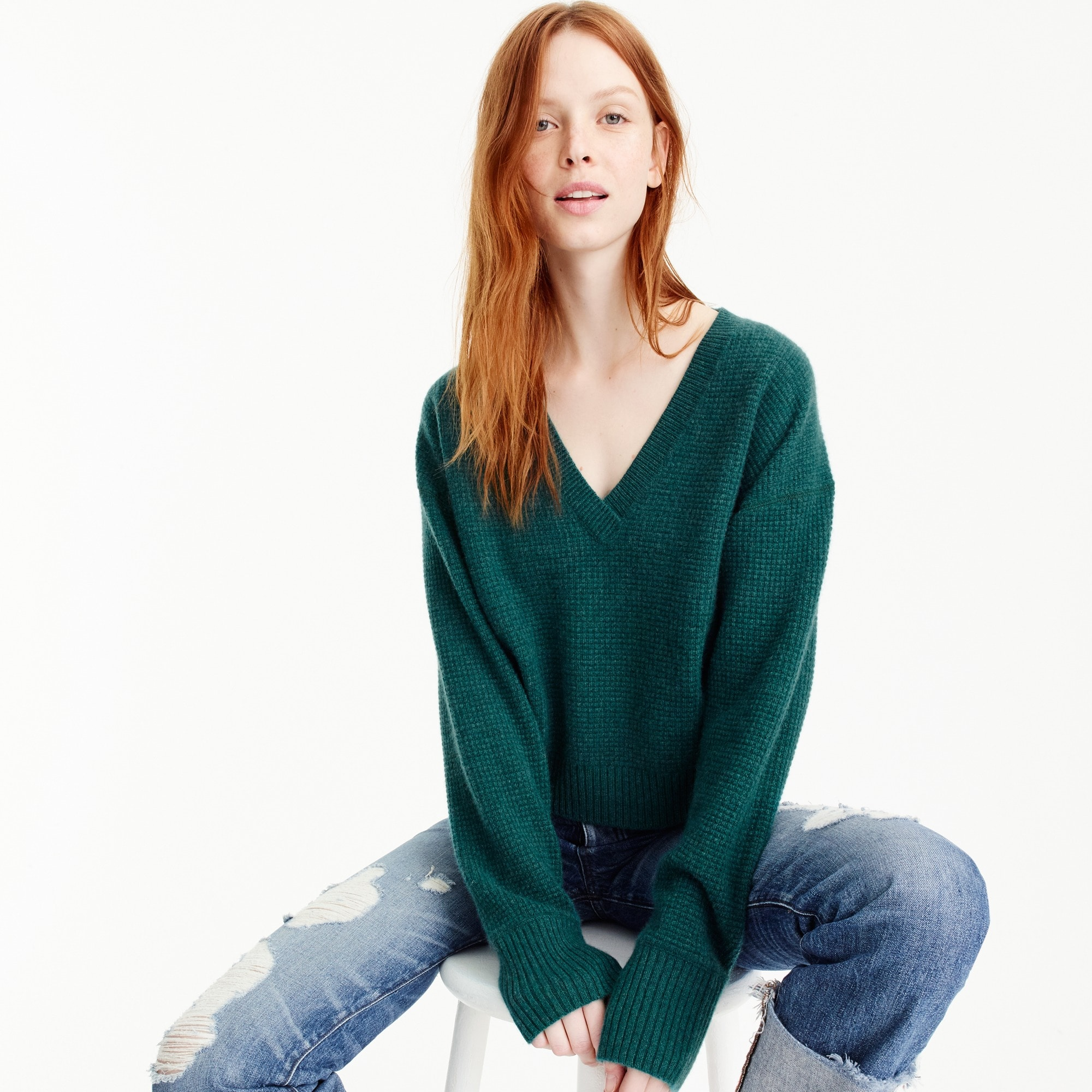 Image 1 for Cropped thermal V-neck sweater in everyday cashmere
