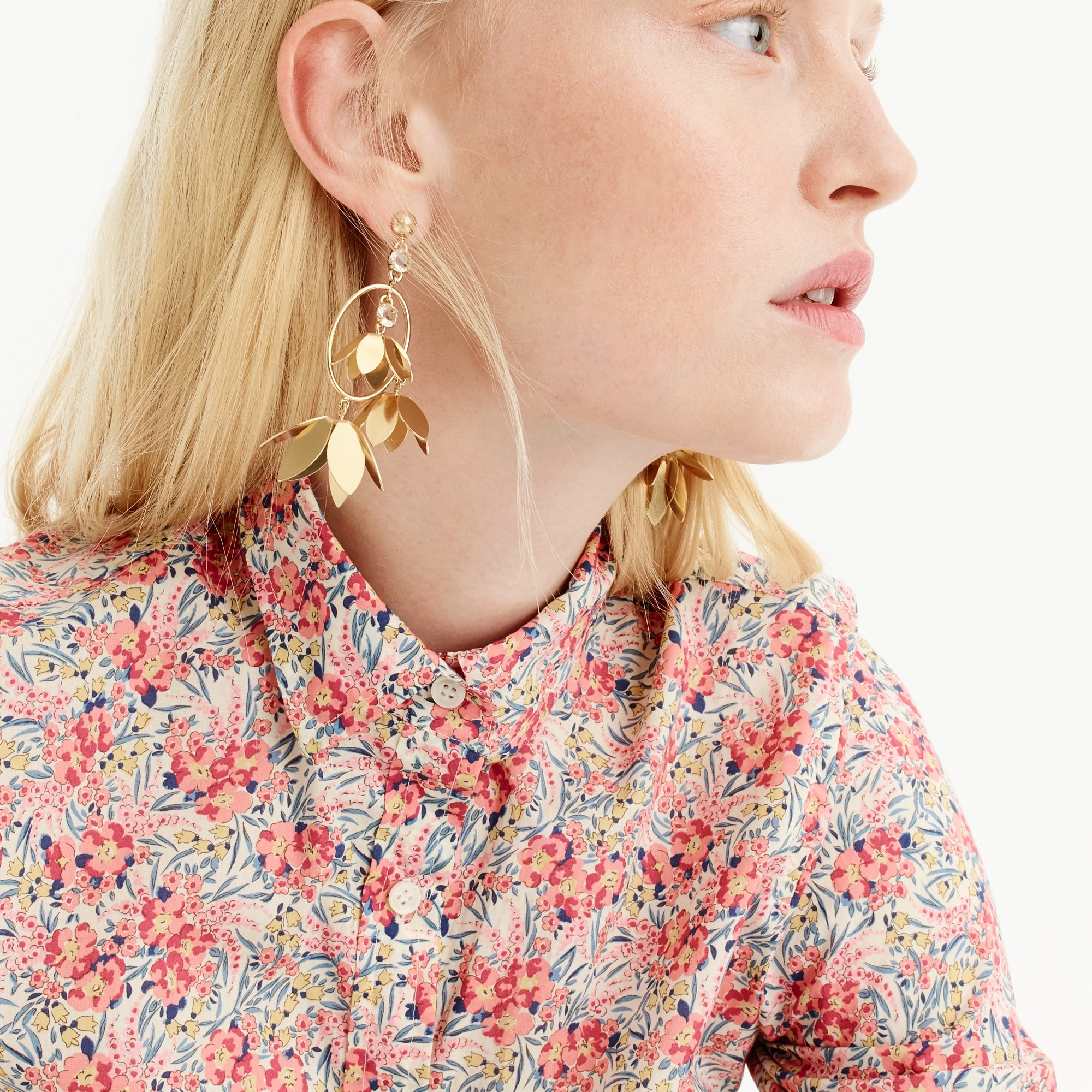 Image 2 for Tall classic popover shirt in Liberty® swirling petals