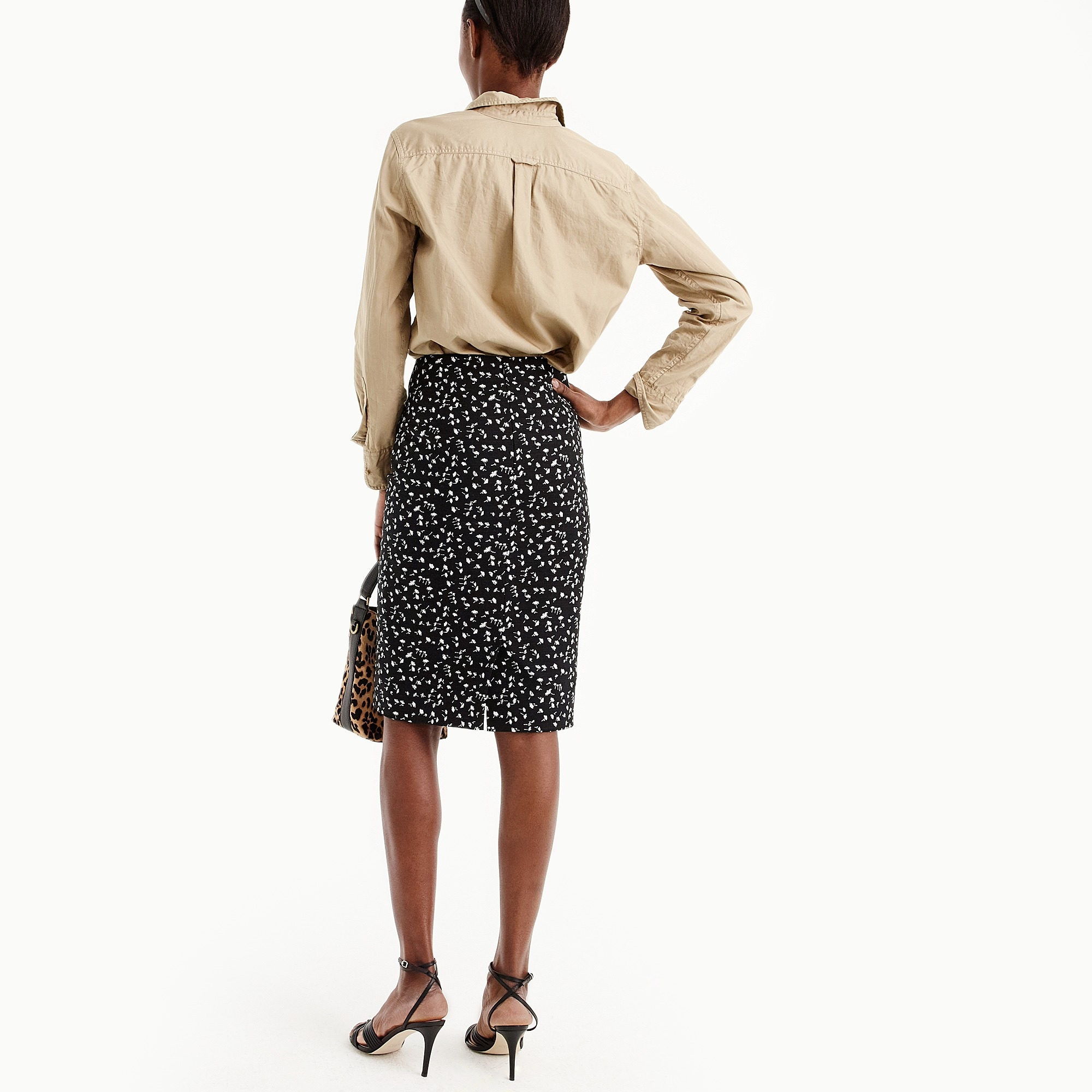 Image 3 for Tall pencil skirt in daisy floral