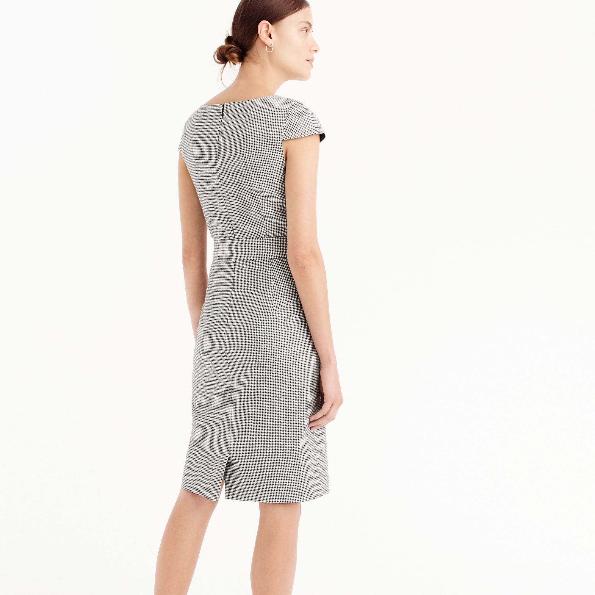 Image 4 for Tie-front dress in mini-houndstooth