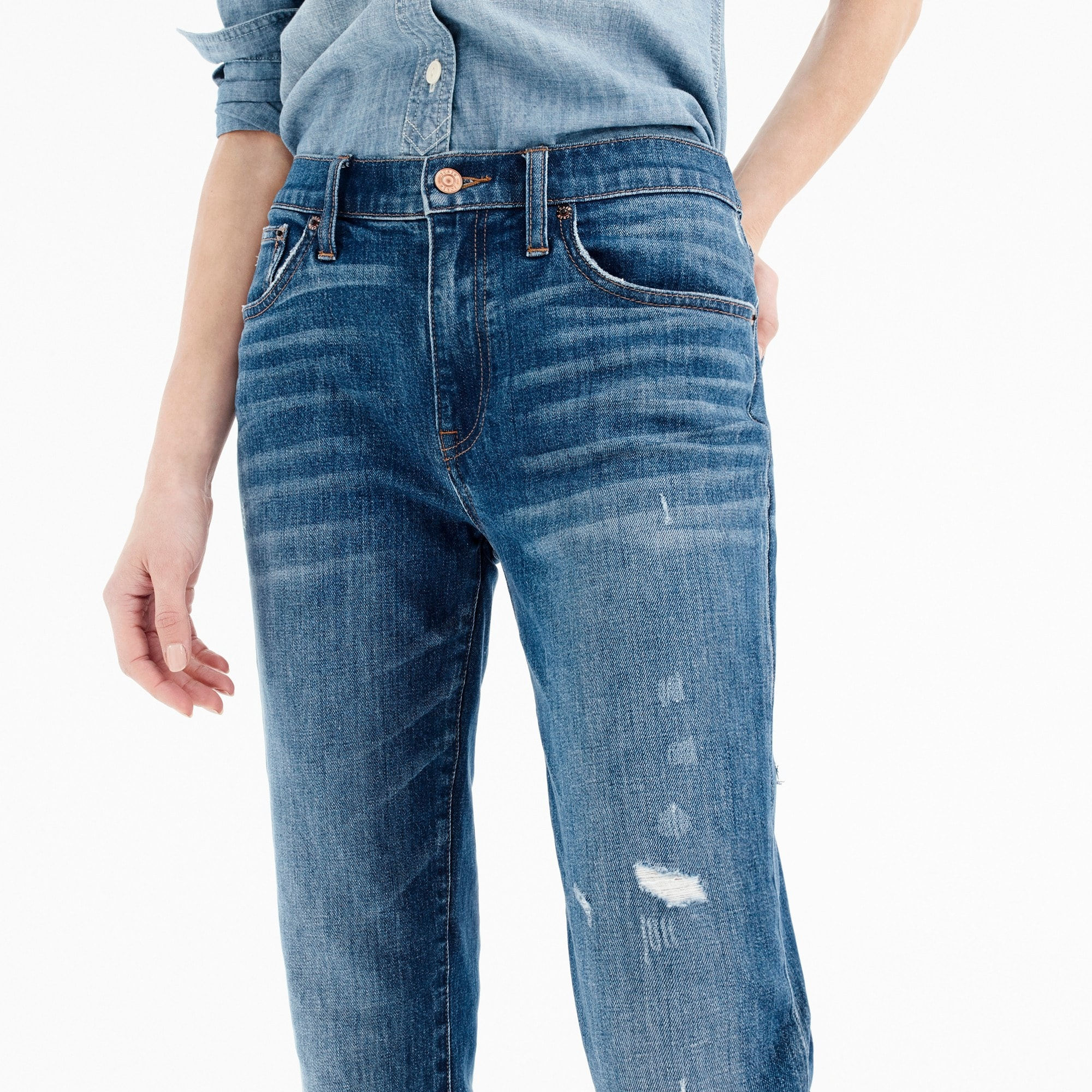Tall slim boyfriend jean with cut hem
