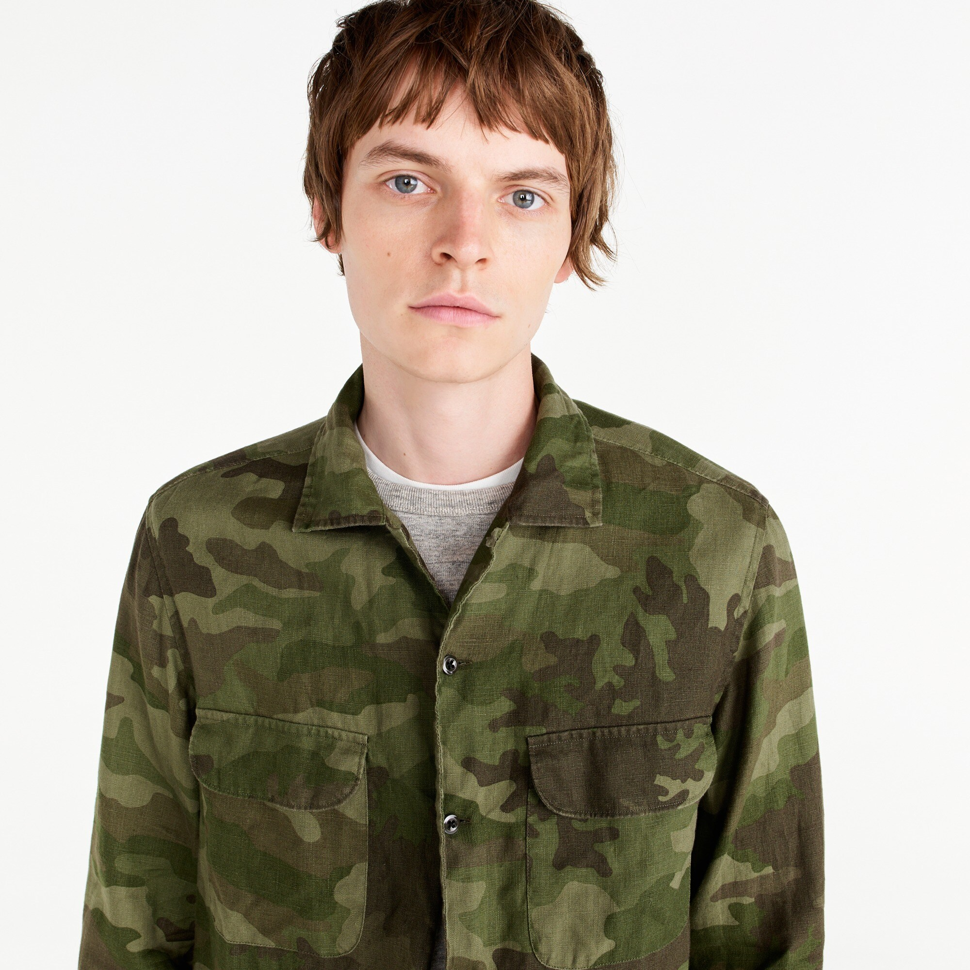 Wallace & Barnes camp-collar shirt in camo