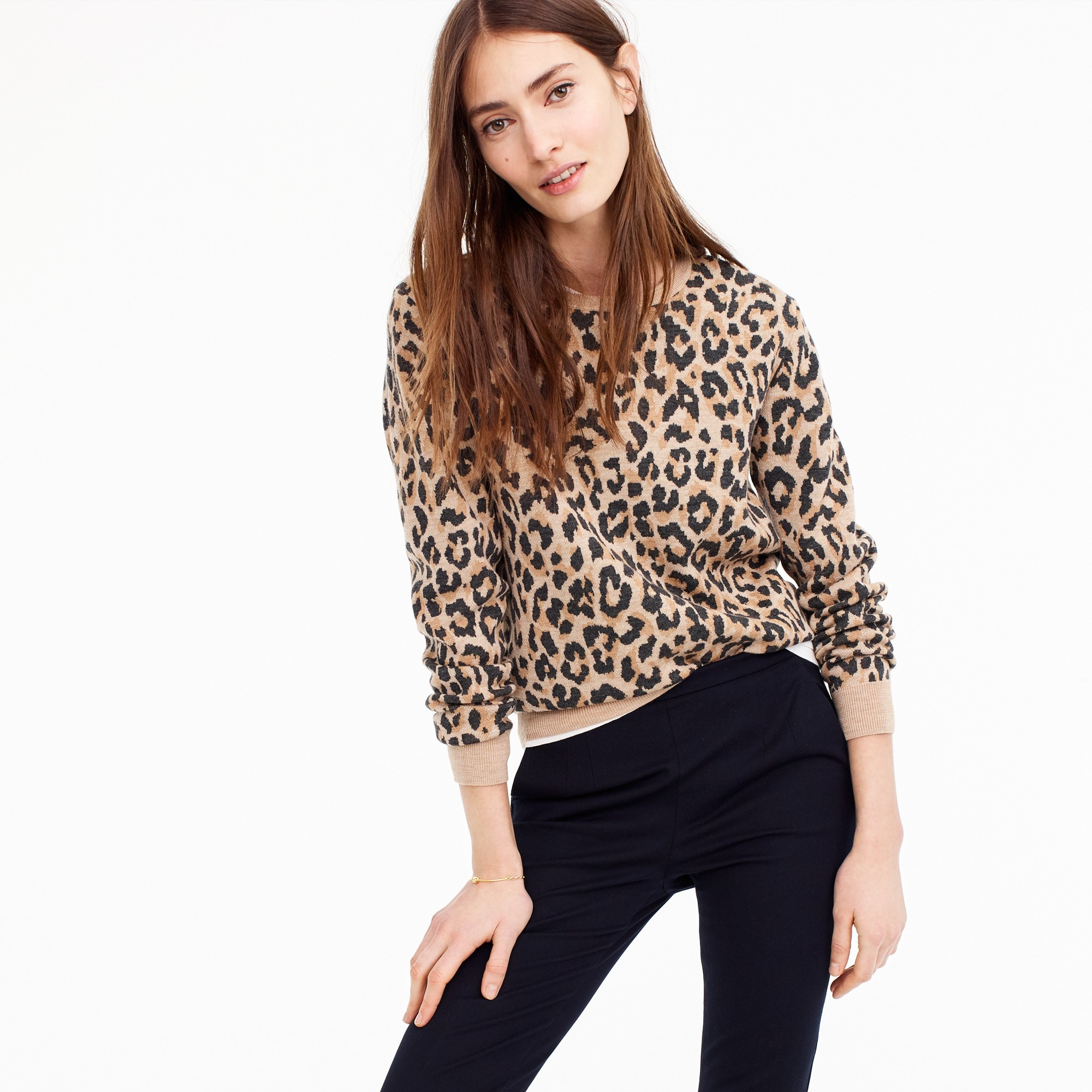womens Merino crewneck sweatshirt in leopard