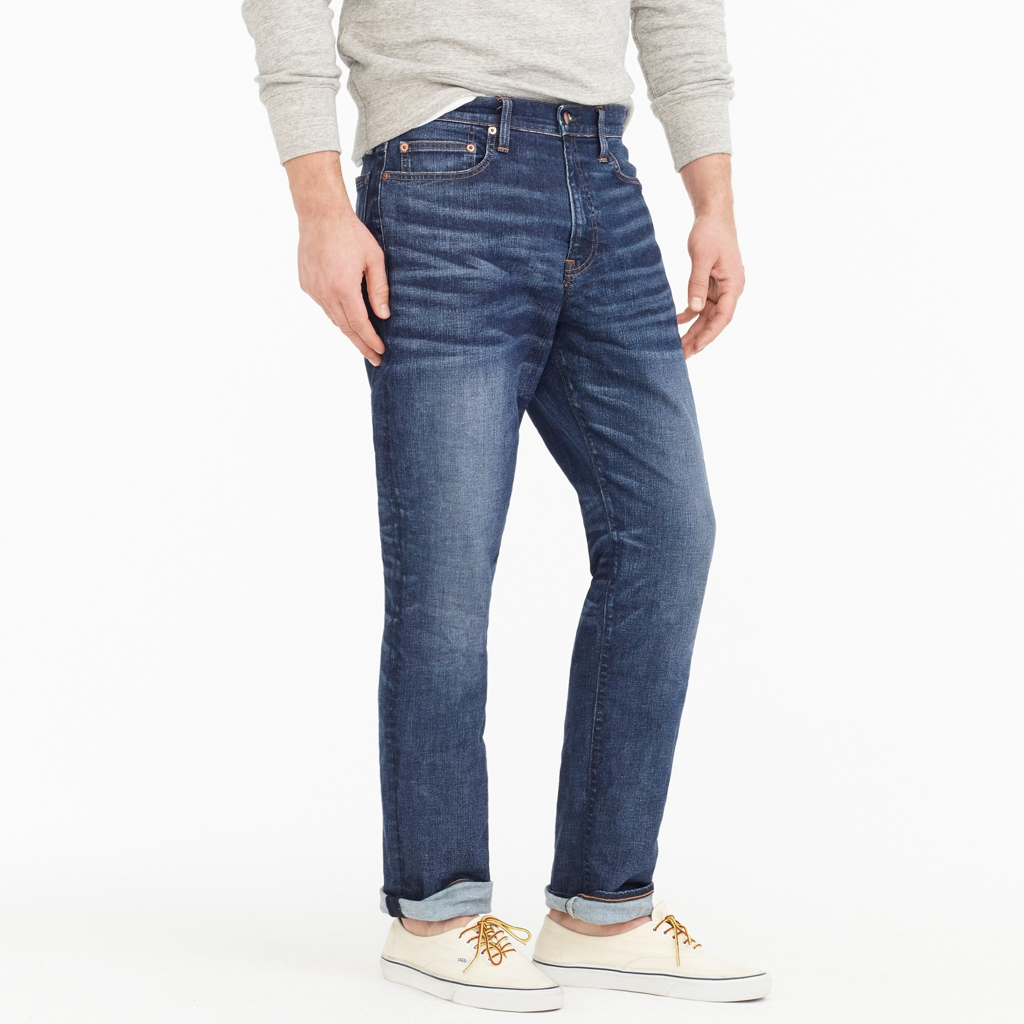 1040 Athletic-fit stretch jean in Dalton wash