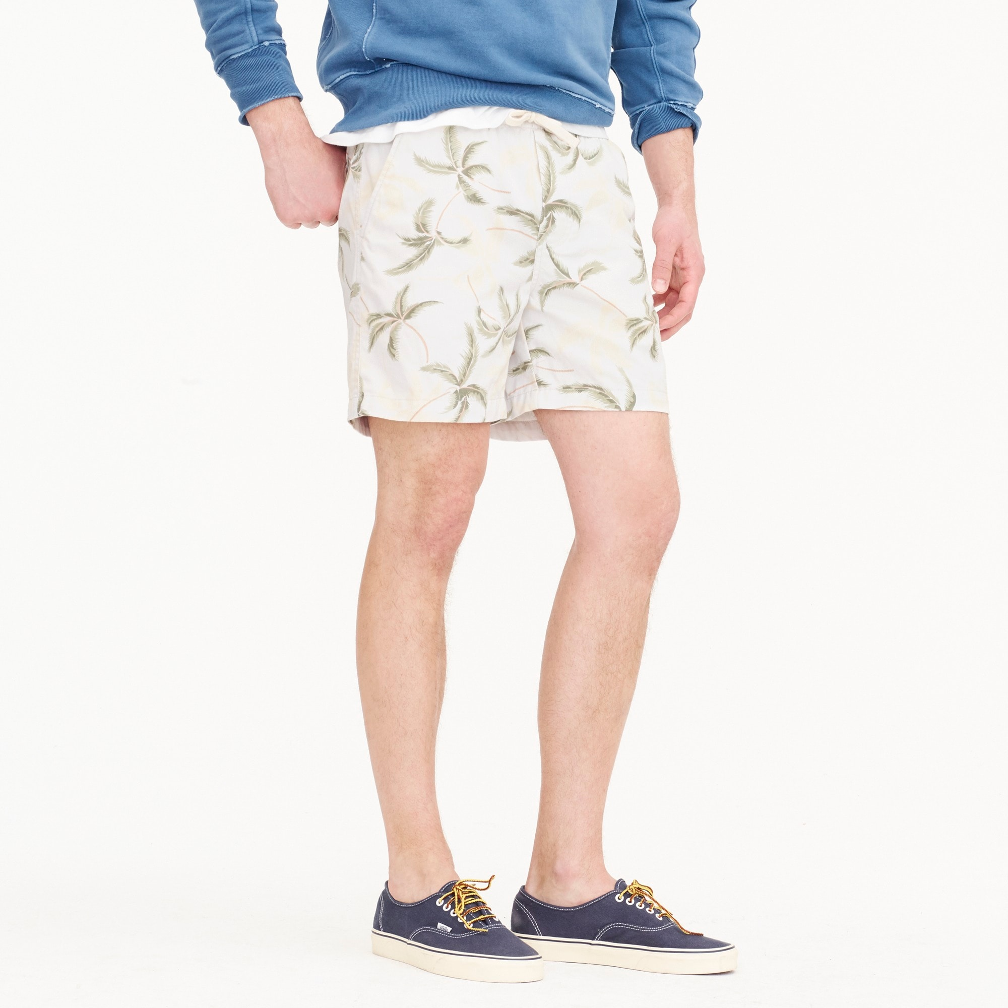 Stretch dock short in chambray