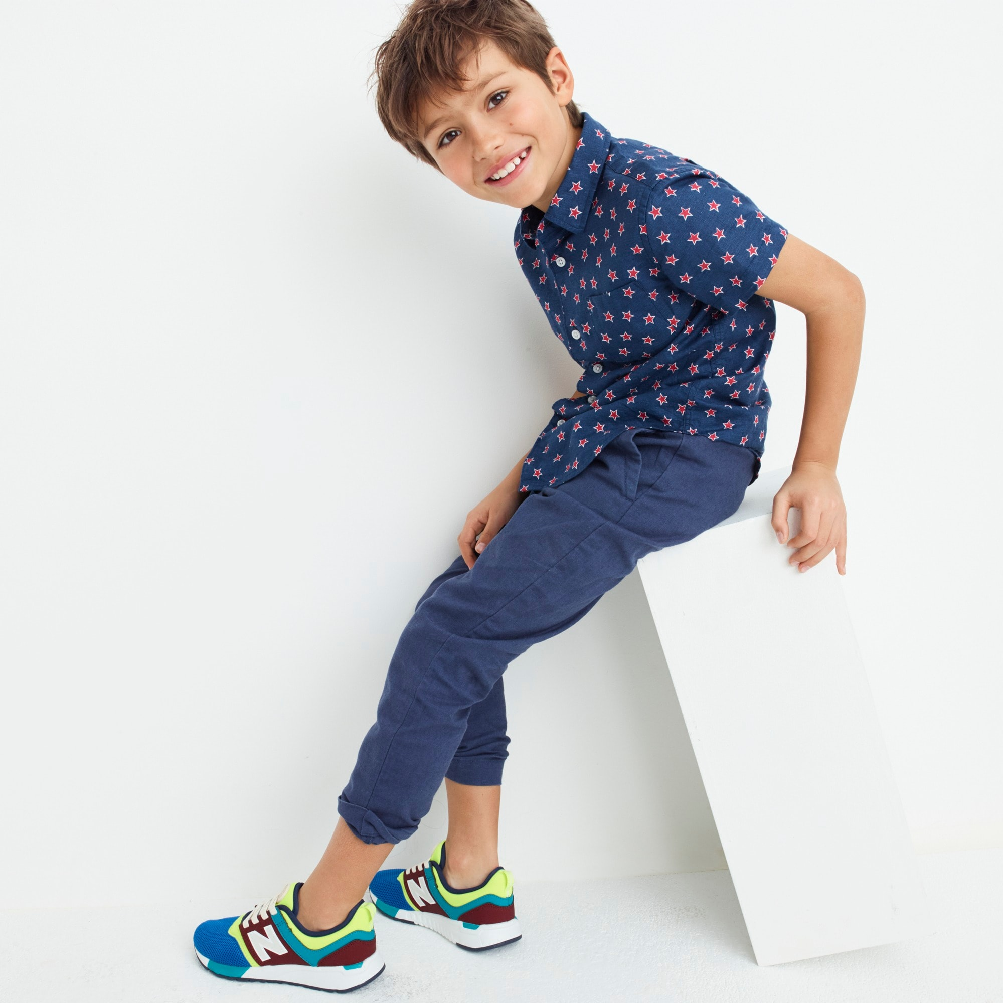 Boys' short-sleeve Secret Wash shirt in stars boy new arrivals c