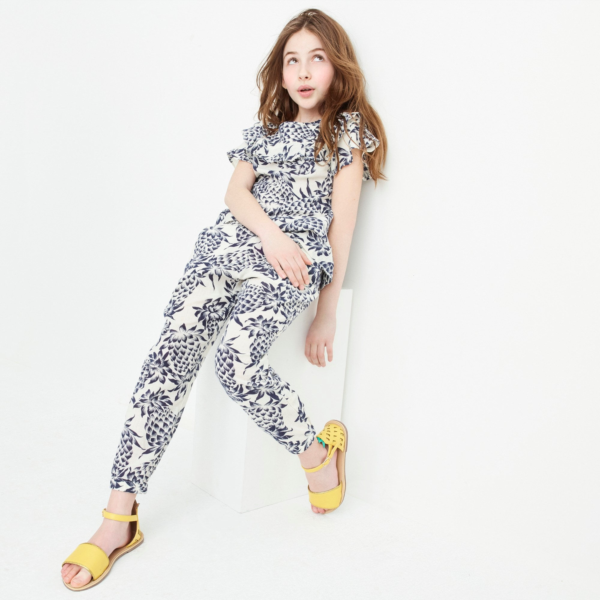 Girls' drawstring pant in pineapple print