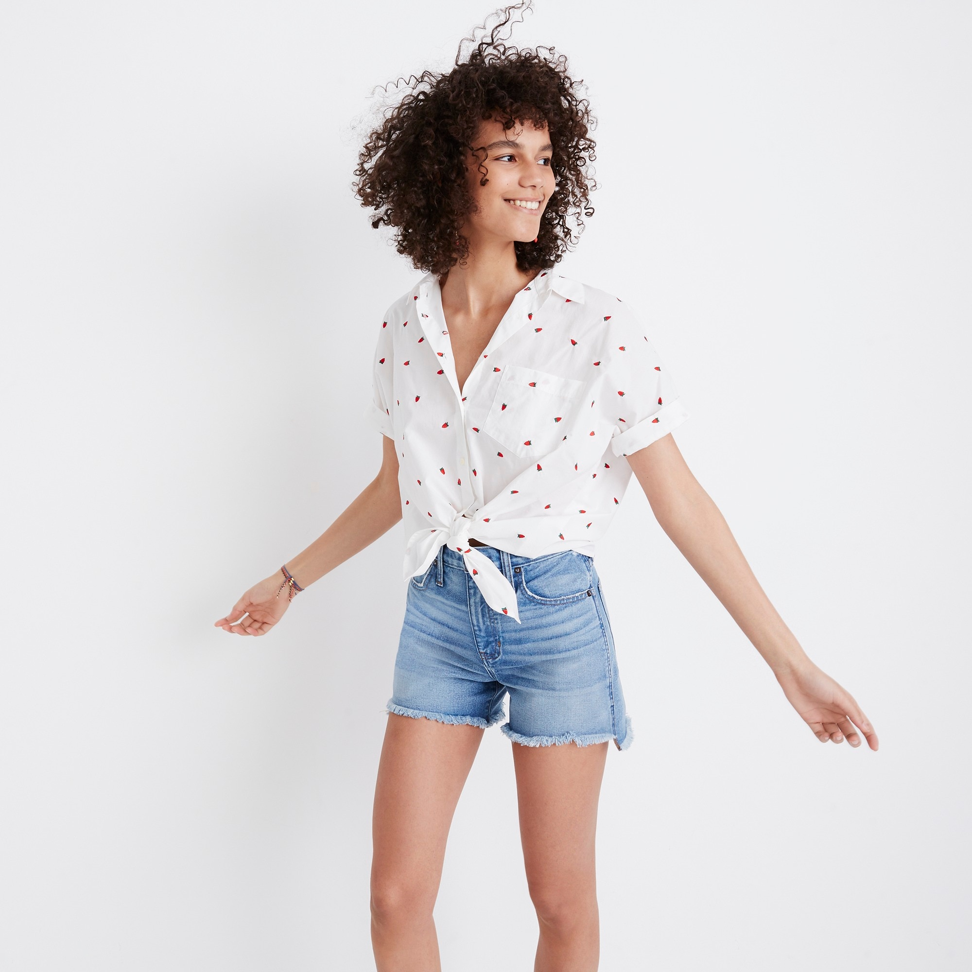 Madewell short-sleeve tie-front shirt in fresh strawberries girl j.crew in good company c