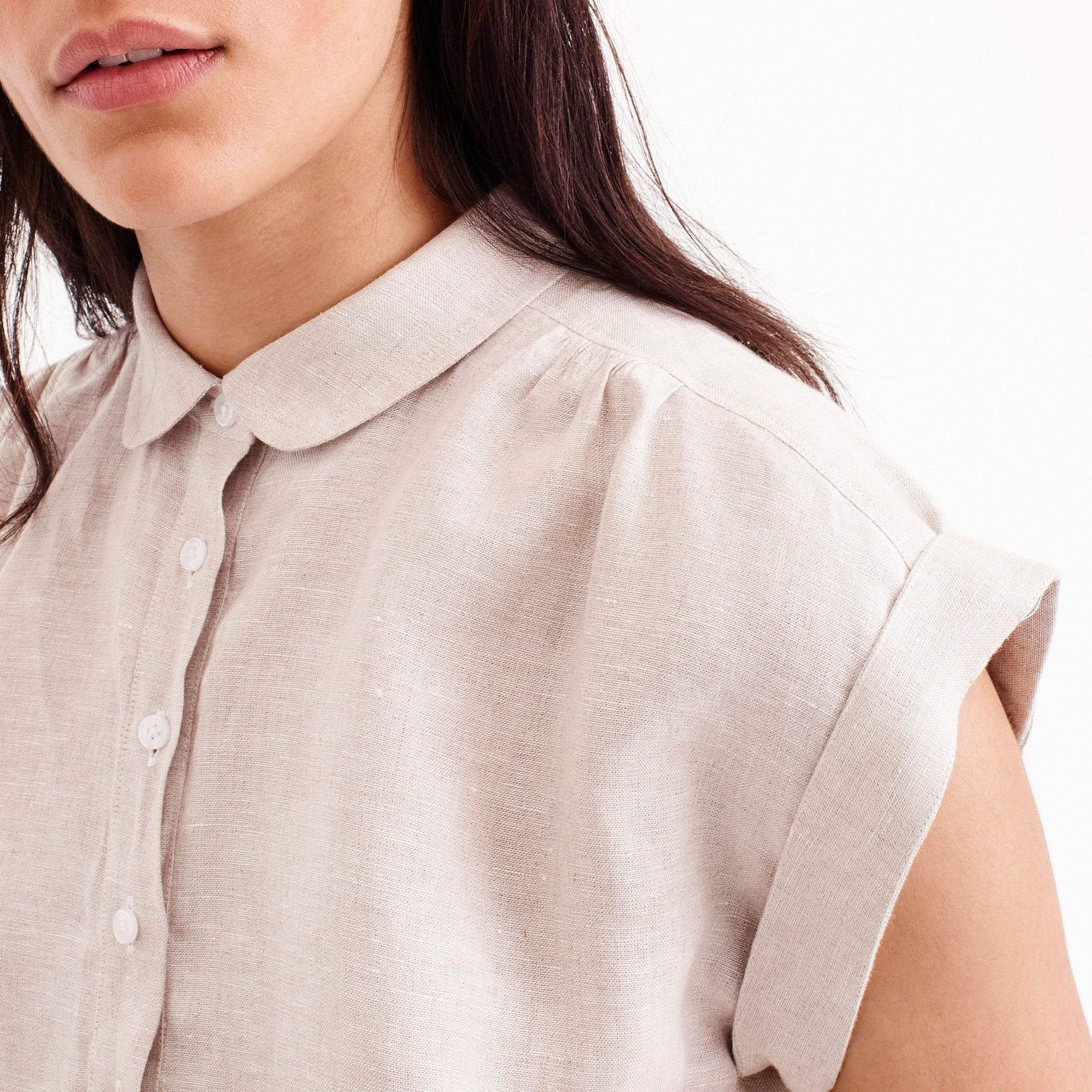 Collared popover shirt in cross-dyed linen