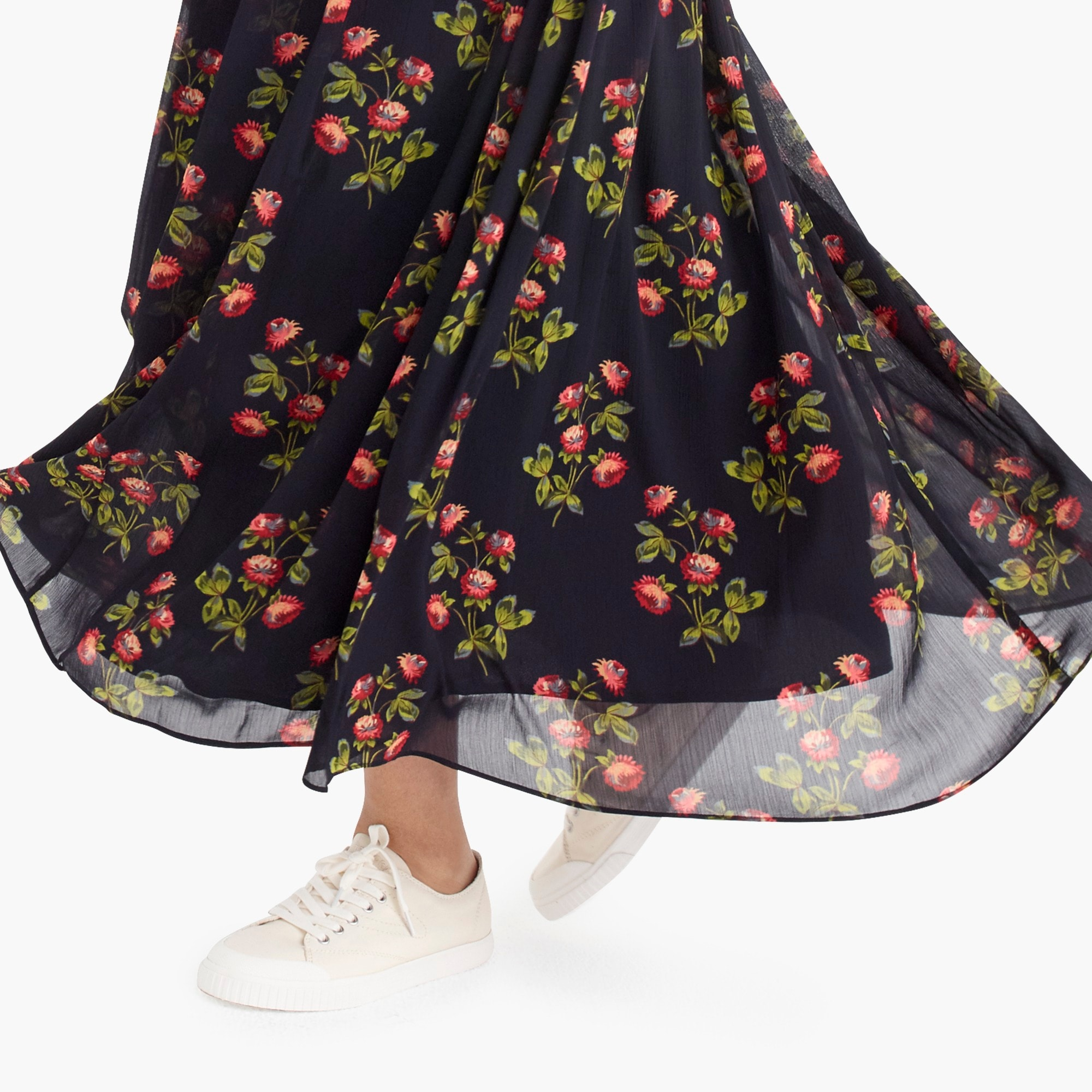 Petite Point Sur floral maxi skirt in crinkle chiffon