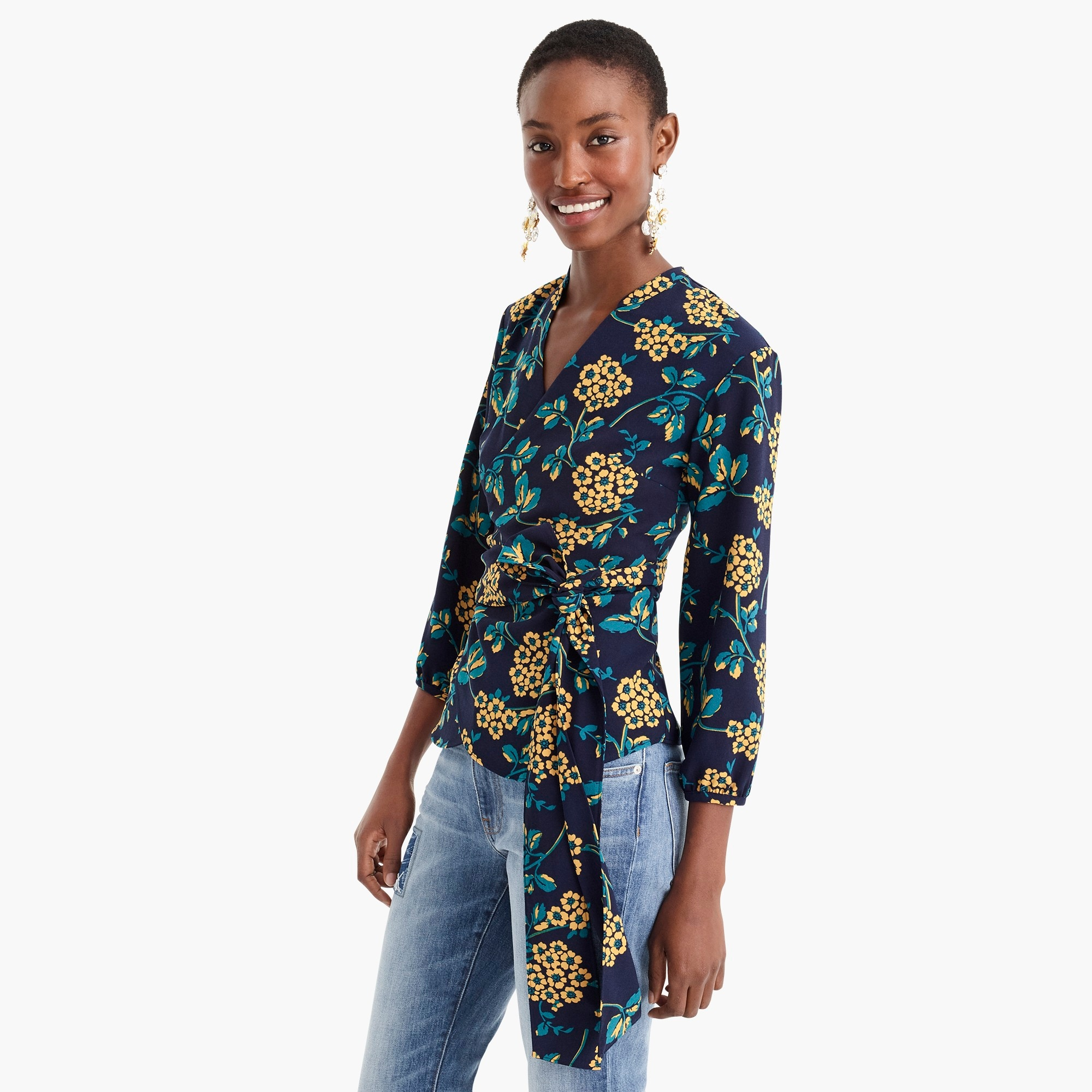 Petite drapey crepe wrap top in floral