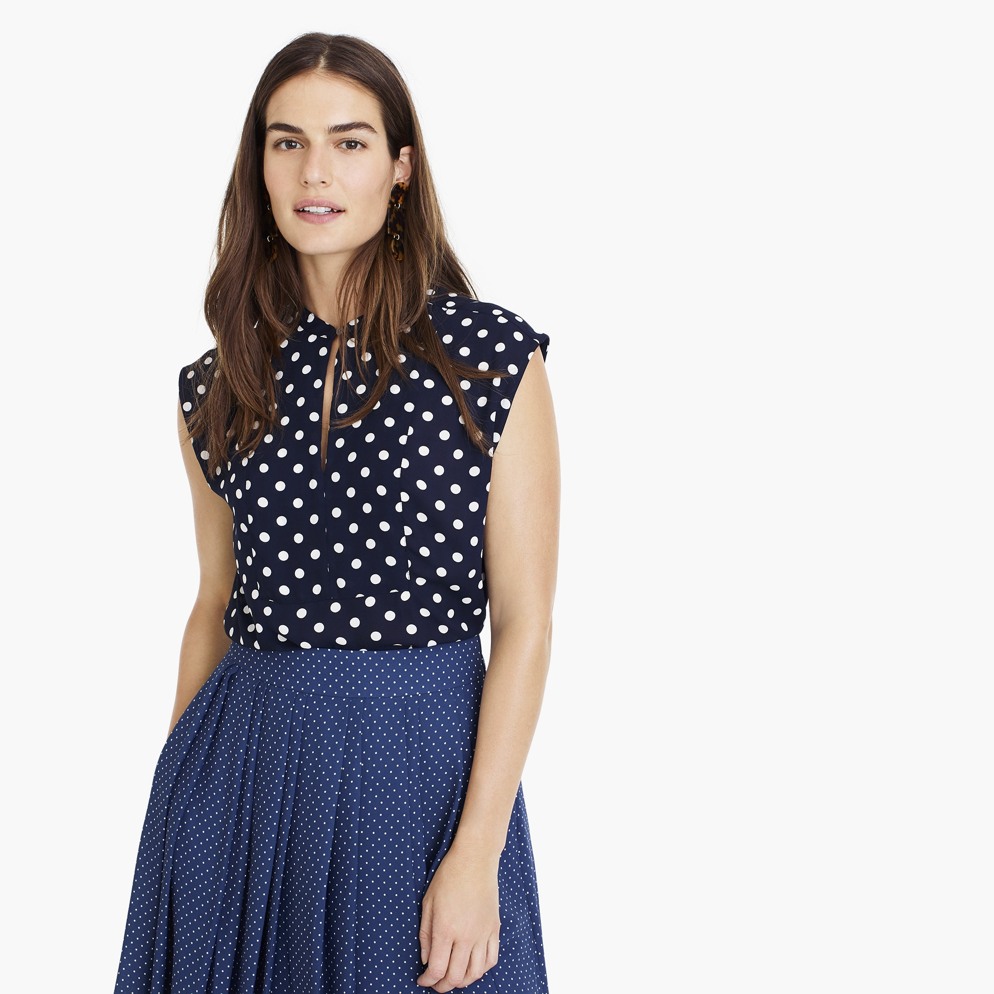 Drapey cap-sleeve top in polka dot