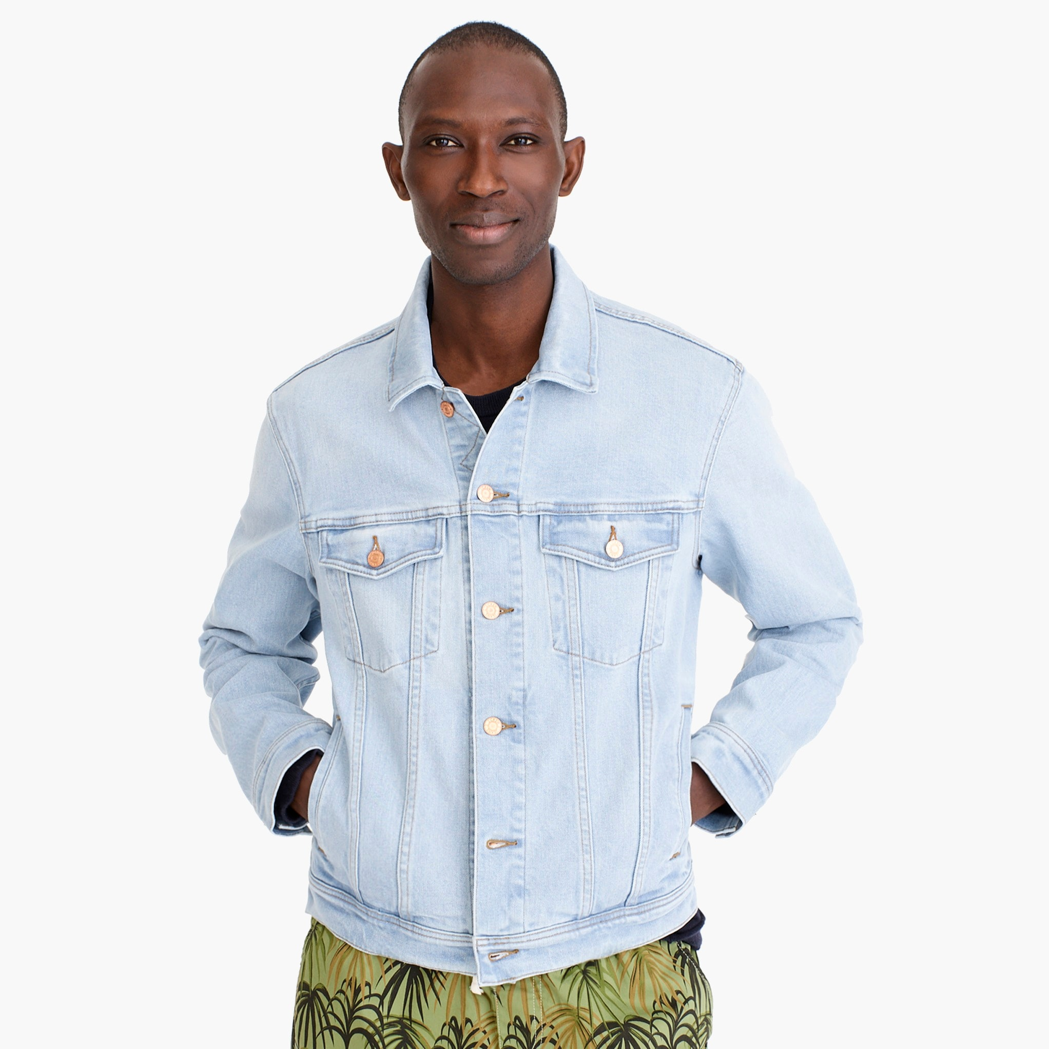 mens Classic denim jacket in sky wash